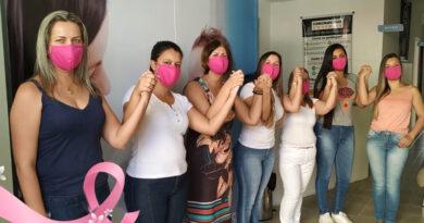 Secretaria de Saúde faz campanha pelo Outubro Rosa;